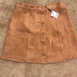 Dresses & Skirts - Faux suede tan skirt!